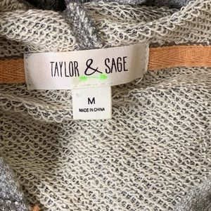 Taylor & Sage Tops - Taylor & Sage Zippered Sweatshirt
